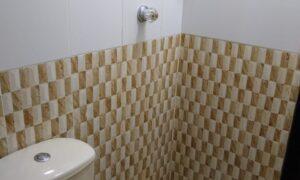 Cuarto con baño privado HUM07
